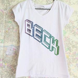 Tops - Beck Band Music T-shirt V Neck Short Sleeve White